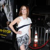 Julianne Moore : Un look osé pour dévoiler ses jambes fuselées