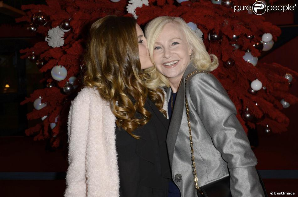 Michèle Torr et sa petite-fille Charlotte au concert de Céline Dion au POPB de Paris, le 5 décembre 2013
