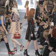 Image du défilé Louis Vuitton présentant la collection automne-hiver 2014-2015 au Louvre le 5 mars 2014, au dernier jour de la Fashion Week de Paris.