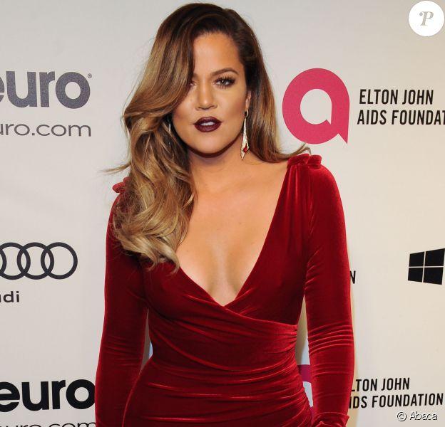 Khloé Kardashian lors de la soirée post-Oscars de l'Elton John AIDS Foundation. West Hollywood, le 2 mars 2014.
