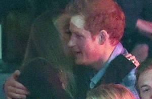 Prince Harry et Cressida Bonas : En couple et câlins pour le WE Day, enfin !
