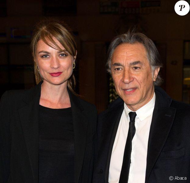 Richard Berry et sa compagne Pascale Louange lors du gala Enfance Majuscule, salle Gaveau à Paris le 10 mars 2014