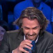 Aymeric Caron, amoureux : Ses clins d'oeil énigmatiques à destination du Québec