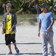 Justin Bieber avec son père à Miami, le 22 janvier 2014.