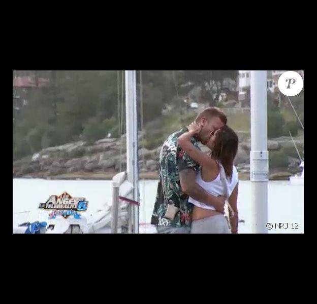 Tendre baiser pour Anaïs et Benjamin (Les Anges de la Télé-Réalité 6 - épisode diffusé le vendredi 28 mars 2014.)