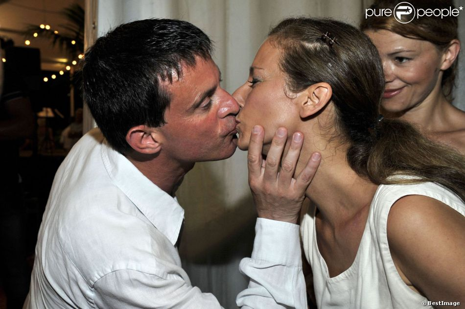 manuel valls et anne gravoin un premier couple in love. Black Bedroom Furniture Sets. Home Design Ideas