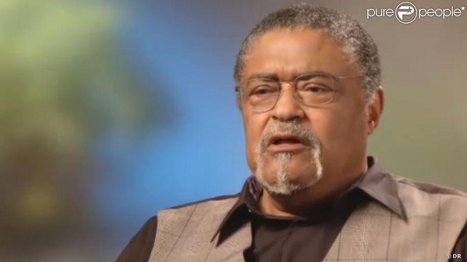 Rosey Grier, en 2011, évoquant ses souvenirs de la nuit où Bob Kennedy a été assassiné. Garde du corps de RFK, il veillait sur Ethel, enceinte, et avait contribué à neutraliser le meurtrier.