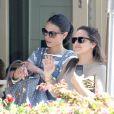 Jordana Brewster et Isabella Brewster, dans les rues de Beverly Hills à Los Angeles, le 24 février 2014