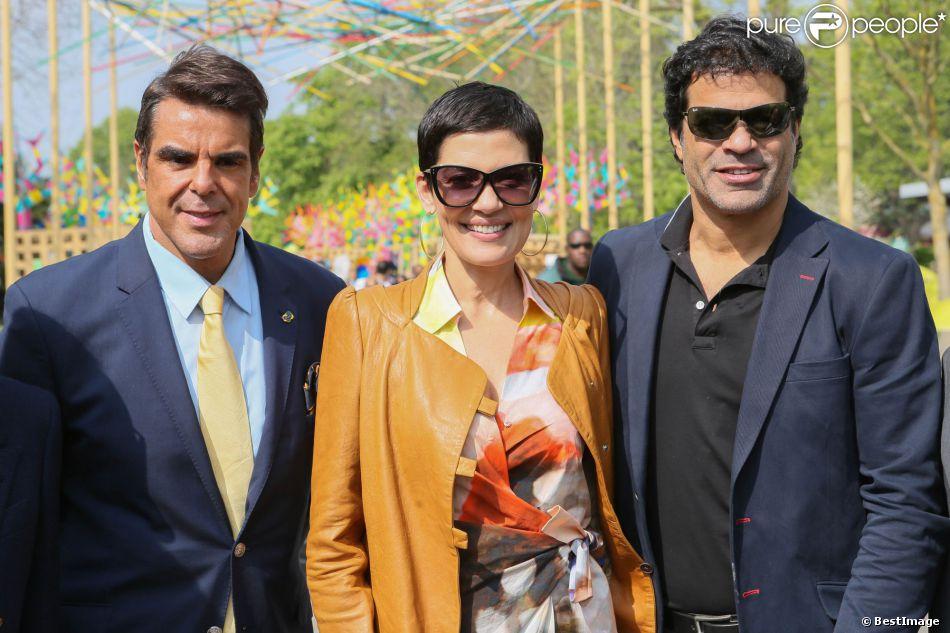 Marco antonio lomanto directeur d 39 embratur office du tourisme br silien cristina cordula et - Office du tourisme du bresil ...