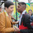 """Cristina Cordula et Robertinho Chaves lors de l'inauguration du Grand Carnaval brésilien """"Sensacional Brasil"""" au Jardin d'Acclimatation à Paris, le 12 avril 2014."""