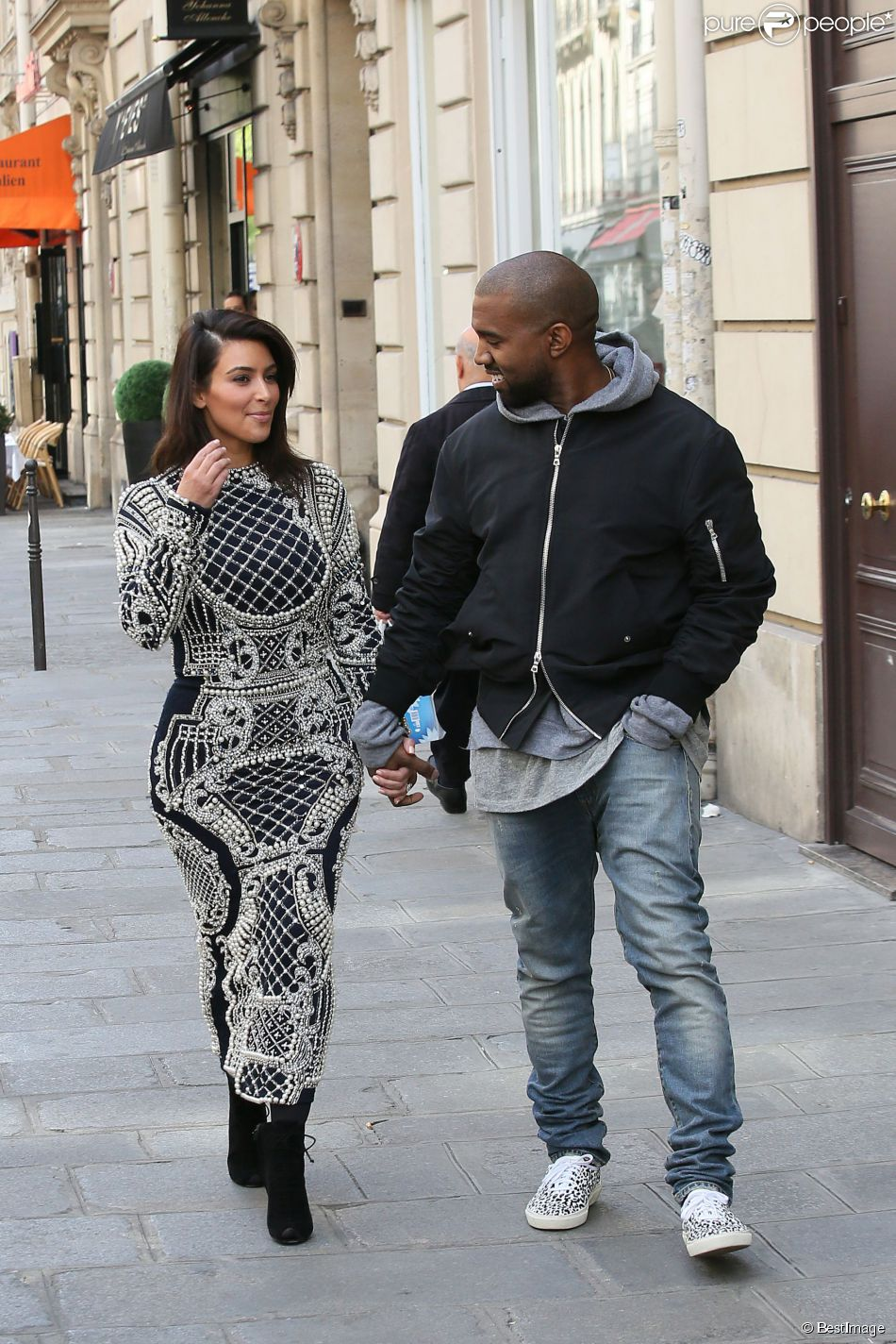 Kim Kardashian Et Kanye West A Paris Intenses Preparatifs