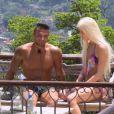 Retrouvailles tendues entre Jessica et Julien (Les Marseillais à Rio - épisode du vendredi 21 mars 2014.)