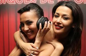 Hedia et Karima Charni, soeurs et DJettes complices devant Laurie Cholewa