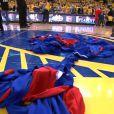 Les joueurs des Clippers avaient laissé leurs maillots d'entraînement par terre en signe de protestation face aux propos racistes de leur propriétaire Donald Sterling, le 27 avril 2014, lors de leur match face aux Warrios de Golden States