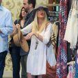 Tori Spelling fait du shopping dans le quartier de Encino, le 29 avril 2014.
