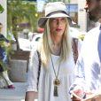 Tori Spelling en virée shopping à Los Angeles, le 29 avril 2014.
