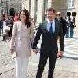 La princesse Mary et le prince Frederik de Danemark au palais Amalienborg à Copenhague le 2 mai 2014 pour une réception à l'occasion des 70 ans de la princesse Benedikte.