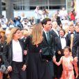 Lisa Azuelos, Julie Gayet, Mika et Valentina Pinault   lors de la montée des marches du film Saint Laurent et l'hommage au cinéma d'animation au Festival de Cannes le 17 mai 2014