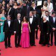 Salma Hayek (robe Yves Saint Laurent), Roger Allers, Tomm Moore, Joan C Gratz, Joan Sfar, Bill Plympton, Paul Brizzi, Gaetan Brizzi   lors de la montée des marches du film Saint Laurent et l'hommage au cinéma d'animation au Festival de Cannes le 17 mai 2014