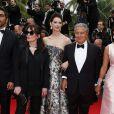 """Ary Abittan, Frédérique Bel, Christian Clavier et Isabelle De Araujo (Bijoux APM Monaco) - Montée des marches du film """"Jimmy's Hall"""" lors du 67e Festival du film de Cannes le 22 mai 2014"""
