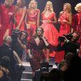 Défilé de mannequins pour la Red Collection constituée par Carine Roitfeld, et mise en vente lors du gala de l'amfAR - Cinema Against AIDS à l'Eden Roc. Cap d'Antibes, le 22 mai 2014.