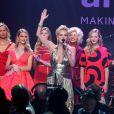 Sharon Stone anime la vente aux enchères de la Red Collection lors du 21e gala de l'amfAR - Cinema Against AIDS à l'Eden Roc. Cap d'Antibes, le 22 mai 2014.