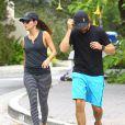 La très jolie Eva Longoria fait du jogging avec son petit ami Jose Antonio Baston à Los Angeles, le 23 mai 2014