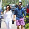 L'actrice Eva Longoria et son petit ami Jose Antonio Baston font du shopping à Malibu, le 23 mai 2014.