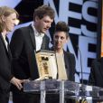 """Claire Burger, Samuel Theis, Marie Amachoukeli (Prix Caméra d'Or pour """"Party Girl"""") et Gilles Jacob - Cérémonie de clôture du 67e Festival du film de Cannes le 24 mai 2014."""