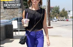 PHOTOS : Ashley Tisdale, un look très coloré... jusqu'aux cheveux !