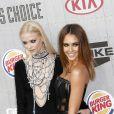 Jaime King et Jessica Alba lors des les Guys Choice Awards à Culver City le 7 juin 2014