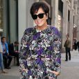 Kris Jenner pose pour les photographes dans les rues de New York, le 5 juin 2014. Kris Jenner stops to pose for the cameras while out and about in New York City, New York on June 5, 2014.05/06/2014 - New York