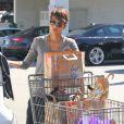 Halle Berry et sa fille Nahla font du shopping à West Hollywood Los Angeles, le 5 avril 2014.
