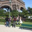 """Exclusif - Kim Matula et Darin Brooks - Tournage de la série """"Amour, Gloire et beauté"""" pour fêter les 25 ans de diffusion sur France 2 à Paris le 12 juin 2014."""