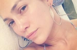 Jennifer Lopez, selfie en bikini et au naturel : Quel âge lui donnez-vous ?