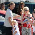Gwen Stefani, son mari Gavin Rossdale et leurs fils Zuma et Apollo, de sortie à Studio City, à Los Angeles. Le 19 juin 2014.