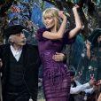 Claudia Schiffer est la star de lampagne publicitaire automne-hiver 2014-15 de Dolce & Gabbana. Photo par Domenico Dolce.