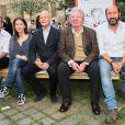 """Laurent Tirard (réalisateur du film), Anne Goscinny, Christophe Girard (maire du 4e), Sempé et  Kad Merad - Vernissage de l'exposition """"Les vacances du petit Nicolas"""" à la mairie du 4e à Paris le 18 juin 2014."""