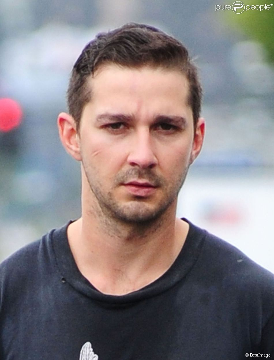 Shia LaBeouf se rend à son cours de gym à Los Angeles, le 22 mai 2014.
