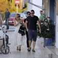 Kate Moss quitte la plage, où elle a croisé son amie Naomi Campbell, avant d'aller dîner avec son mari Jamie Hince pour fêter leur 3ème anniversaire de mariage à Ibiza, le 29 juin 2014.  Kate was seen going to the beach with husband Jamie Hince. The model showed off a new bikini during her short stay at the beach. Her good friend Naomi Cambell came by to say hi before heading back to her house. After the beach Kate went home to get changed and was treated by husband Jamie Hince to a nice meal just ahead of their anniversary.29/06/2014 - Ibiza