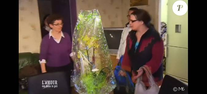 Christelle offre des fleurs la m re de christophe s for Offre des fleurs