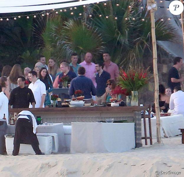 Vue générale de la réception organisée avant le mariage d'Adam Levine et Behati Prinsloo en présence de leur famille et des leurs amis sur la plage du El Dorado Golf & Beach Club à Los Cabos, le 18 juillet 2014, la veille de leur mariage.