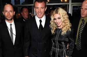REPORTAGE PHOTOS : Madonna collée serrée à son mari pour la première de 'Rocknrolla' !