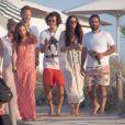 Orlando Bloom en vacances avec ses amis et Erica Packer à Formentera, le 30 juillet 2014.