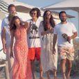 Orlando Bloom en vacances avec Erica Packer (robe blanche) à Formentera, le 30 juillet 2014.