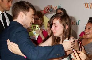Daniel Radcliffe : Le tombeur réconforte une jeune fille en larmes