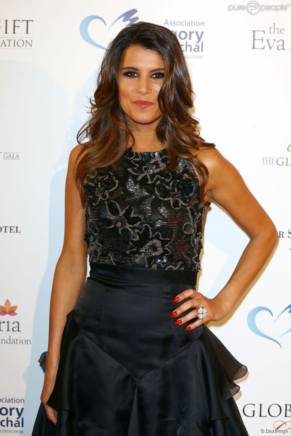 "Karine Ferri - Soirée ""Global Gift Gala 2014"" à l'hôtel Four Seasons George V à Paris le 12 mai 2014."