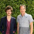 """Vincent Lacoste et Reda Kateb posant au photocall du film """"Hippocrate"""" lors 7ème Festival du Film Francophone d'Angoulême, à Angoulême, le 23 août 2014."""