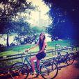 La chanteuse Pauline, compagne de Benoît Paire, à Central Park lors de son séjour à New York à l'occasion de l'US Open disputé par son compagnon, photo publiée sur son compte Instagram le 27 août 2014