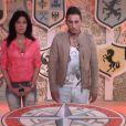 """Nathalie et Vivian en salle des blasons, dans l'hebdo de """"Secret Story 8"""", le vendredi 5 septembre 2014."""